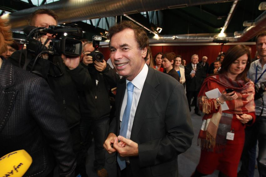 A statement said that minister Alan Shatter said he was working closely with his counterpart in Britain on the issue