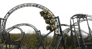 Passengers stuck at top of 'Oblivion' roller coaster at Alton Towers