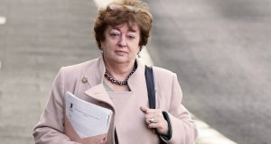 Independent TD Catherine Murphy says the sale of Siteserv by IBRC to Denis O'Brien's firm, for a loss of €105m to the taxpayer, is a 'web' that needs some serious untangling.