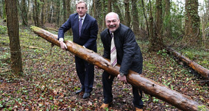 Taoiseach Enda Kenny with Center Parcs CEO Martin Dalby