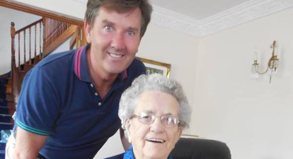 Daniel O' Donnell with his mother Julia on her birthday. Pic: Facebook.
