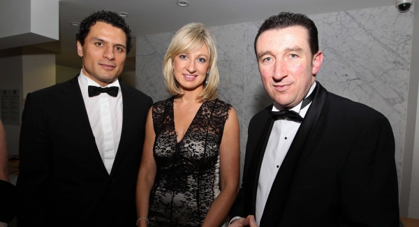Rugby player Doug Howlett, Renate Murphy, Cameo Communications, and Paschal Sheehy, RTÉ at the Cork Chamber dinner last night. Picture: Jim Coughlan