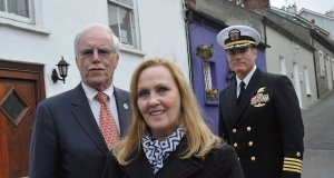 Dan and Maureen Murphy with US Navy Seal Capt Duncan Smith in Kinsale, Cork. The Murphys spoke in Kinsale last night ahead of an event there today to honour their son US Navy Seal Lt Michael P Murphy by the organisation Irish Veterans.
