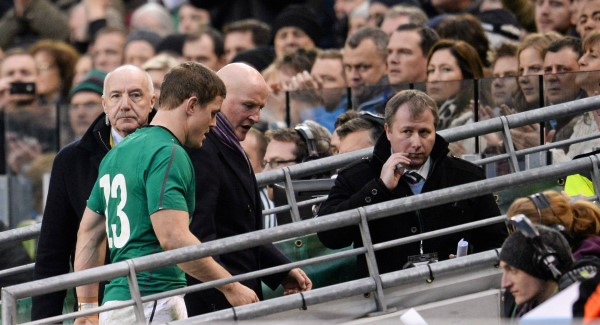 Brian O'Driscoll leaves the pitch during a second half substitution against the All Blacks last weekend. Picture:  Stephen McCarthy / SPORTSFILE
