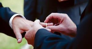 Tourism Ireland unveils campaign to target gay wedding market