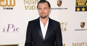 DiCaprio invites 1D's Harry Styles to talk acting