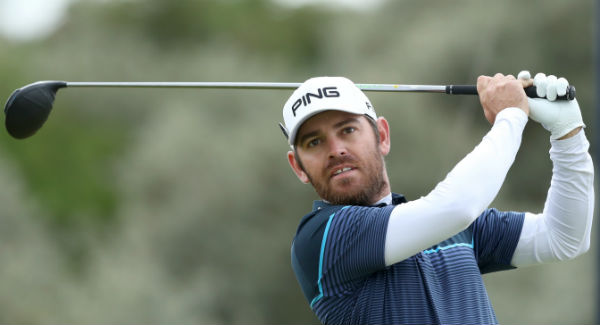 South African golfer Louis Oosthuizen suffers freak injury at airport