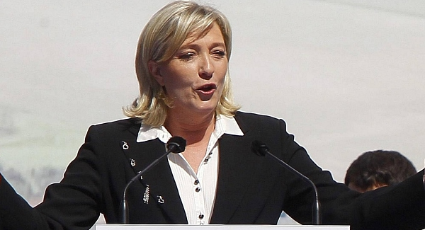 France's Le Pen decries 'banking fatwa,' says to file complaints