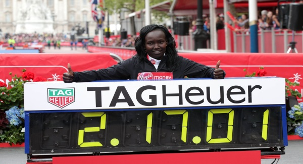 Athletics-Bekele hampered by shoes in London defeat