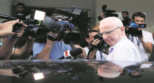 Ex-Rio gov is latest top politician arrested in graft probe