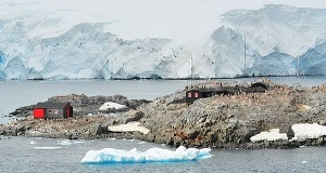 Port Lockroy on Goudier Island.