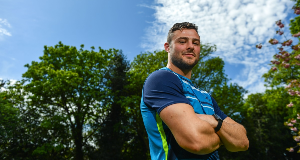 Robbie Henshaw returns for Leinster's trip to Wasps