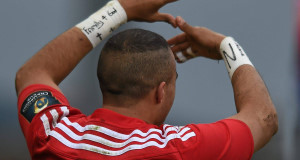 Simon Zebo, Munster, does his signature celebration after scoring his side's first try. Pic: Sportsfile