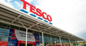 Tesco shares boost from Christmas sales in UK