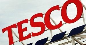 Tesco hit by drop in UK sales
