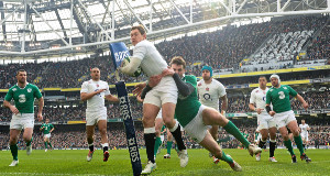 Ireland's Jared Payne gets to grips with England's Alex Goode during the Six Nations clash at the Aviva Stadium. Picture: Stephen McCarthy