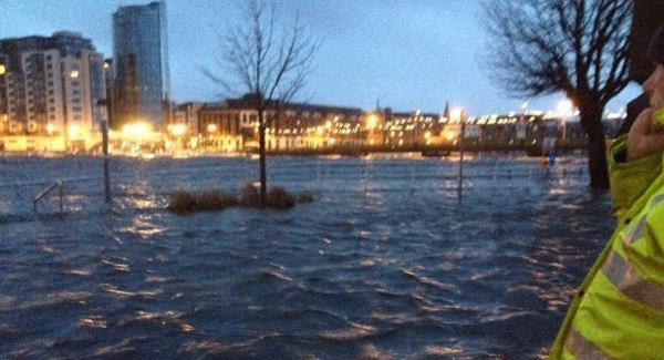 Flooding at O'Callaghan Strand in Limerick this morning. Picture: Limerick City Business Association)